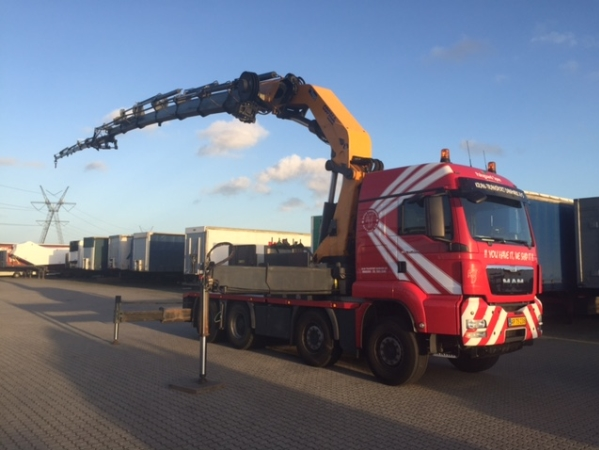 TGS 35.480 med 110 t/m kran